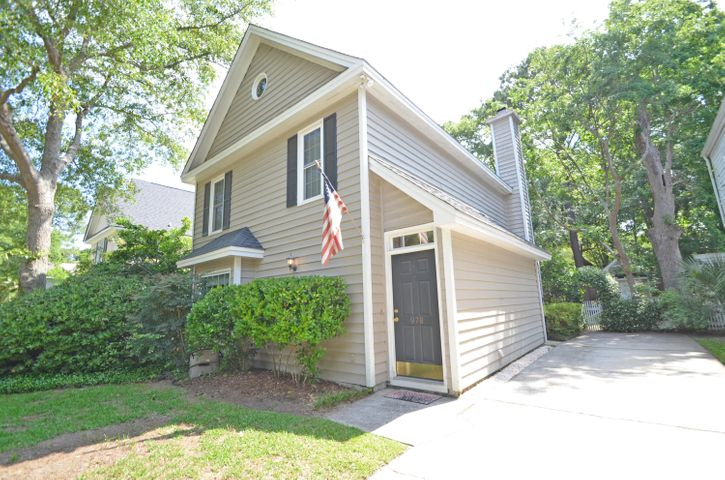 978 Governors Road, Mount Pleasant, SC 29464