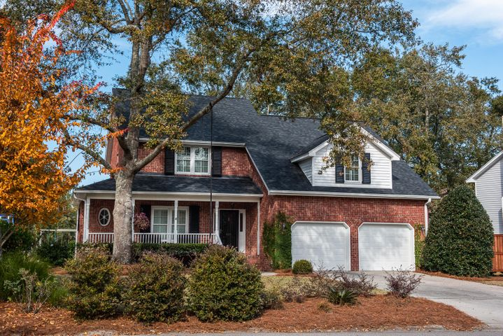 625 Hobcaw Bluff Drive, Mount Pleasant, SC 29464