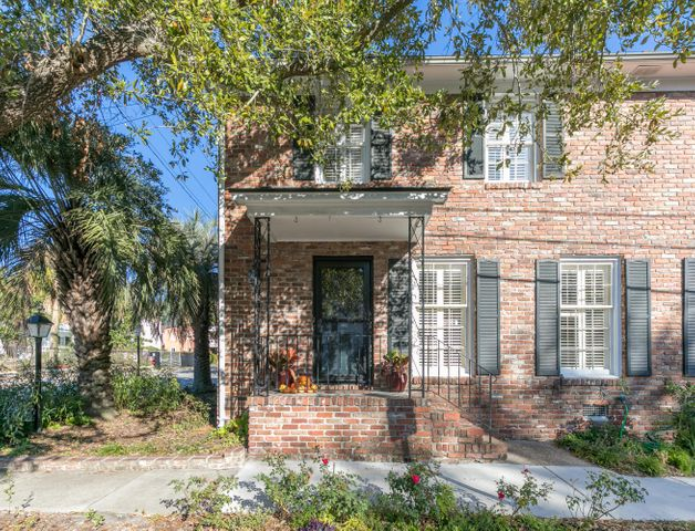2 Gadsden Street, Charleston, SC 29401