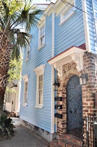 35 Bogard Street, Charleston, SC 29403
