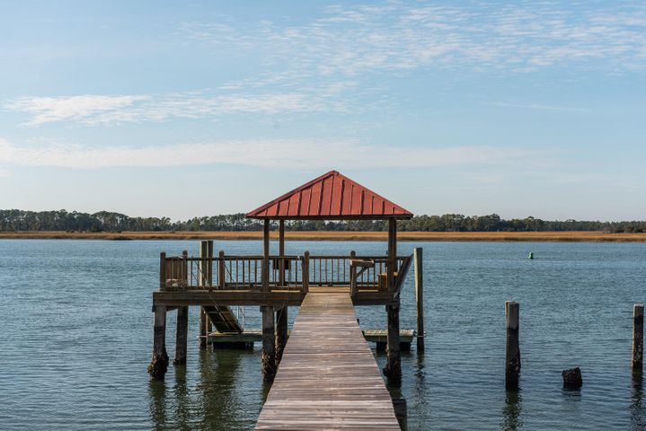 9 Red Sunset Lane, Folly Beach, SC 29439