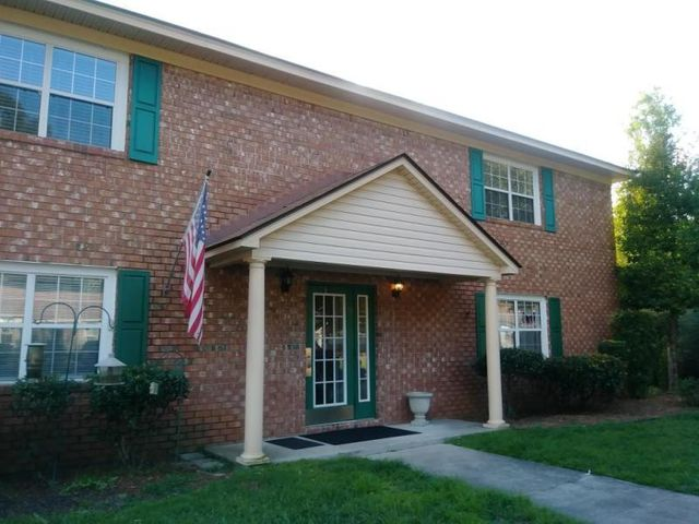 108 Pinewood Street, Ladson, SC 29456