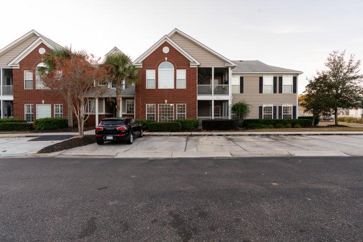 1374 Hopton Circle, Mount Pleasant, SC 29466