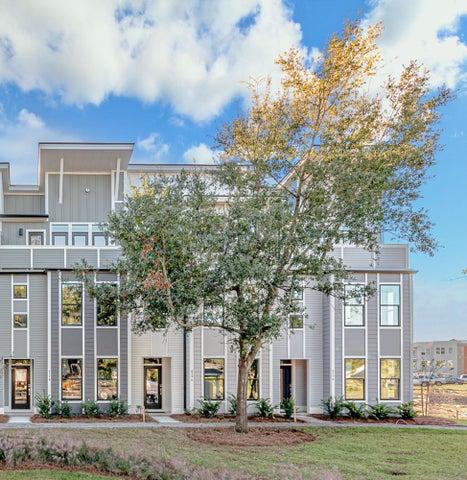4596 Mixson Avenue, North Charleston, SC 29405