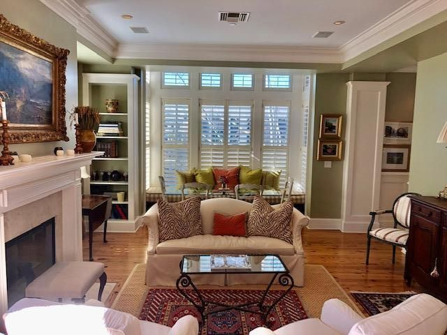 Living and dining area, cozy and bright
