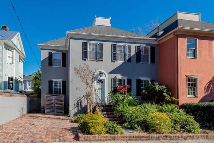 2 1/2 Colonial Street, Charleston, SC 29401