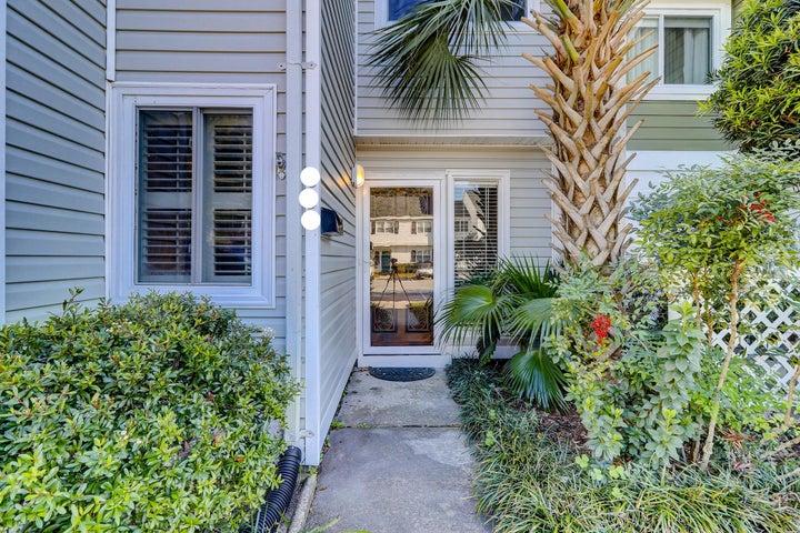 638 Bay Tree Court, Mount Pleasant, SC 29464