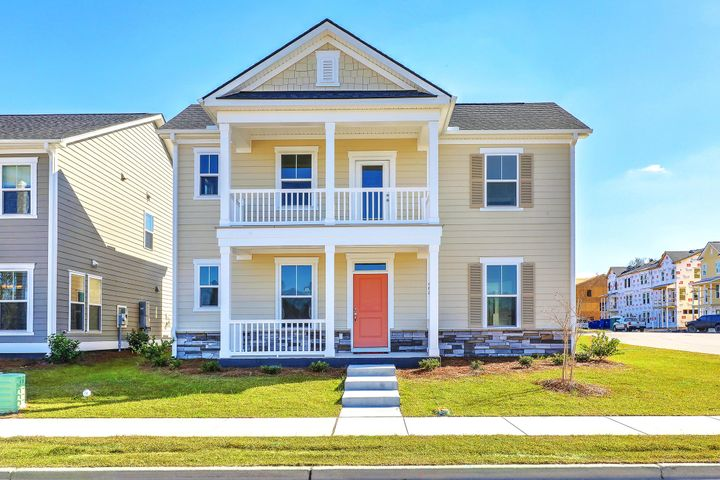 483 Spring Hollow Drive, Charleston, SC 29492
