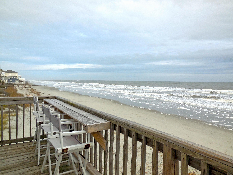 Beach Side Deck