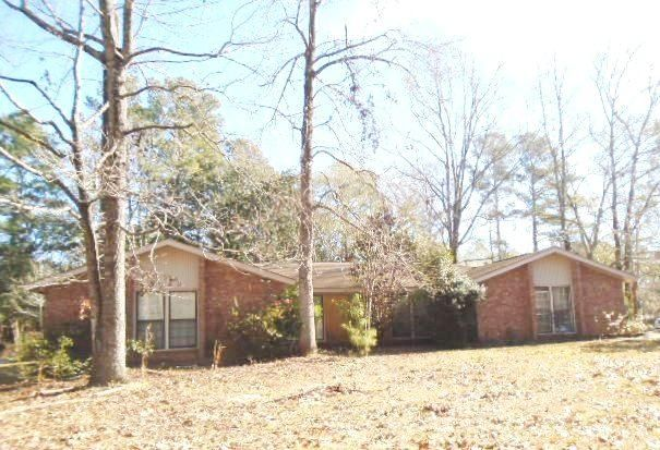 100 Axtell Circle, Summerville, SC 29485