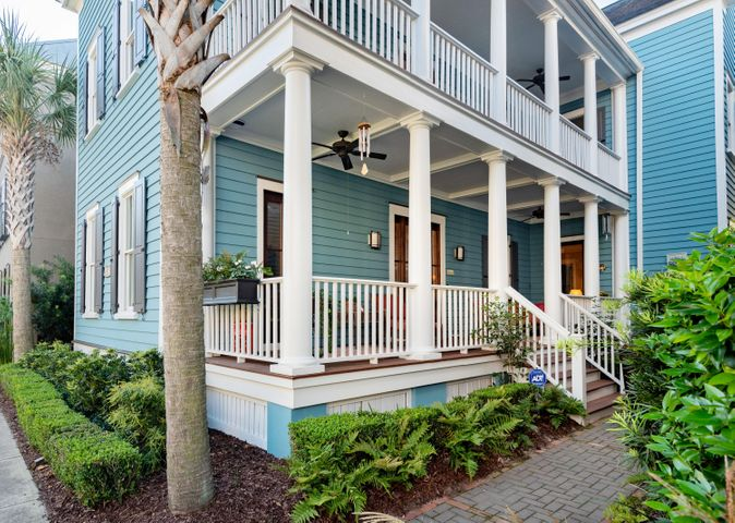 THE HOME IS A BEAUTIFUL CHARLESTON SINGLE IN THE HEART OF ION