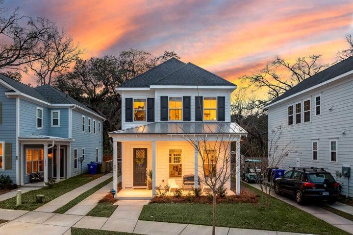 1824 Fleming Woods Road, Charleston, SC 29412