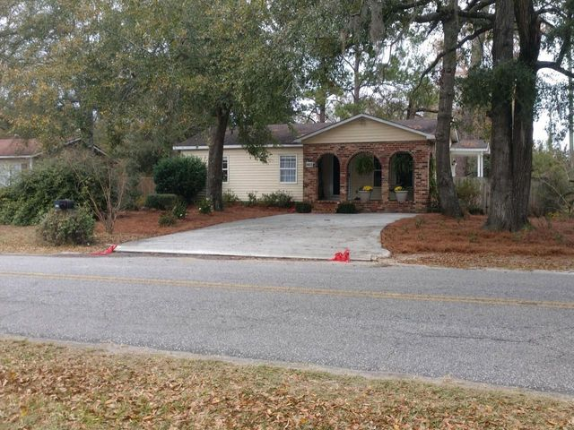 603 Luke Avenue, Summerville, SC 29483