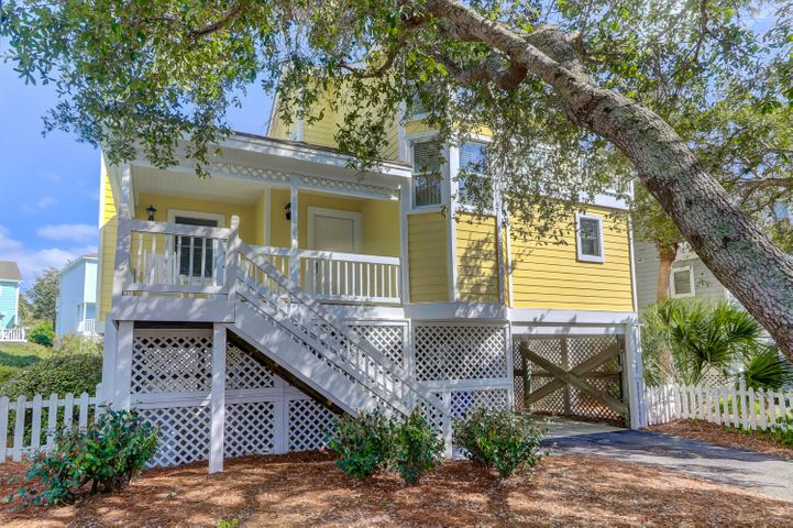 Your vacation cottage for 4 rotating weeks each year!