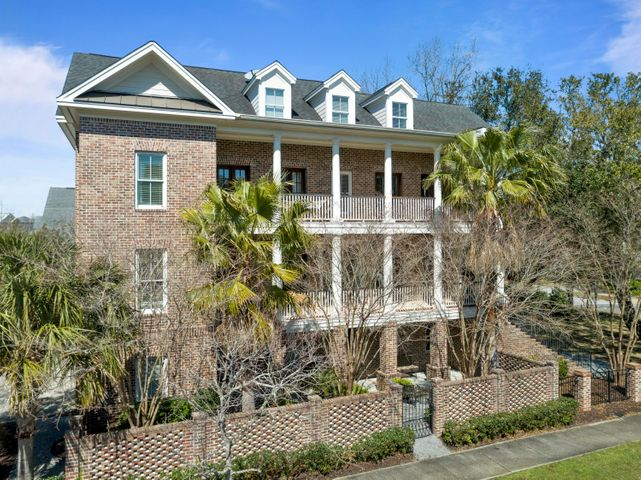 243 Delahow Street, Charleston, SC 29492