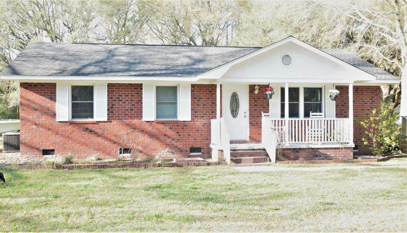 7368 Commodore Road, Hollywood, SC 29449