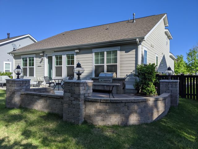 1404 Longspur Drive - Oyster Point