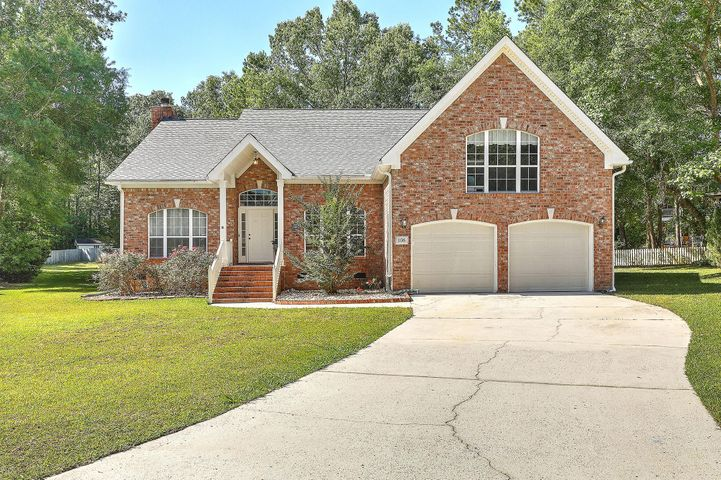 106 Riverwood Lane, Summerville, SC 29485