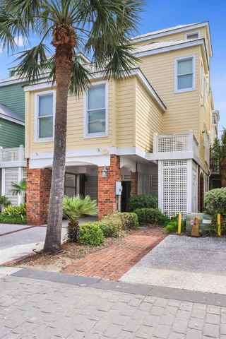 117 Grand Pavilion Boulevard, Isle of Palms, SC 29451