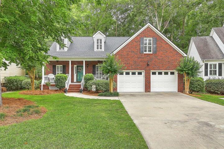 8611 Woodland Walk, North Charleston, SC 29420