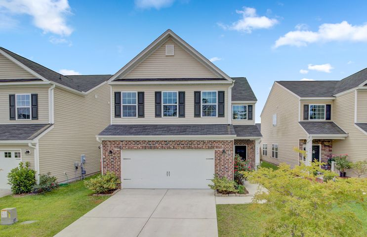 464 Whispering Breeze Lane, Summerville, SC 29486