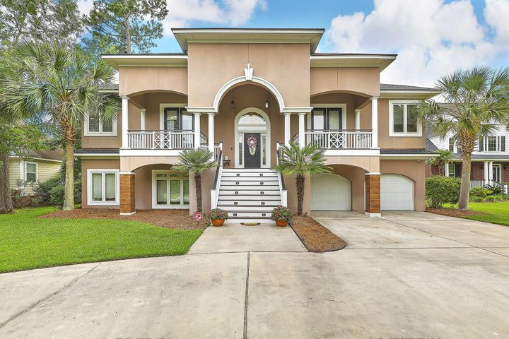 8883 Fairway Woods Drive, North Charleston, SC 29420