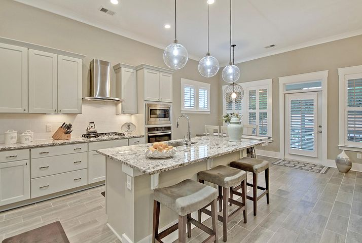 3107 Cross Vine Lane, Summerville, SC 29483