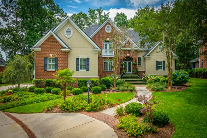 8642 Fairway Woods Drive, North Charleston, SC 29420