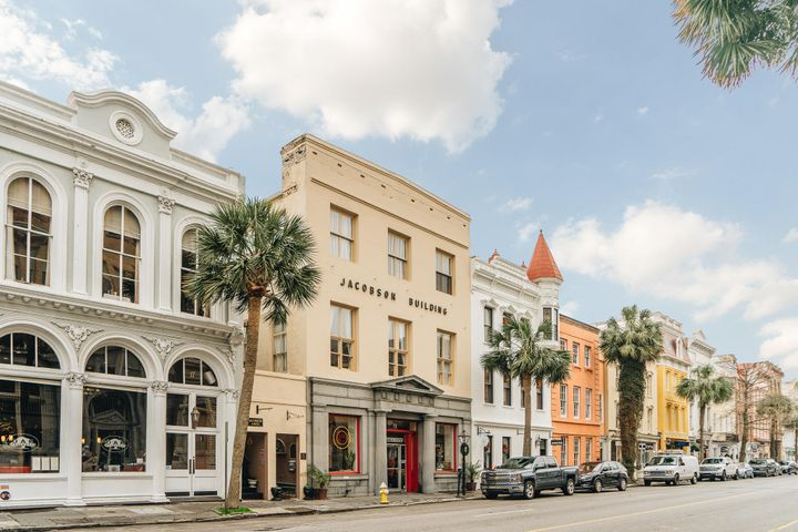 19 Broad Street, Charleston, SC 29401
