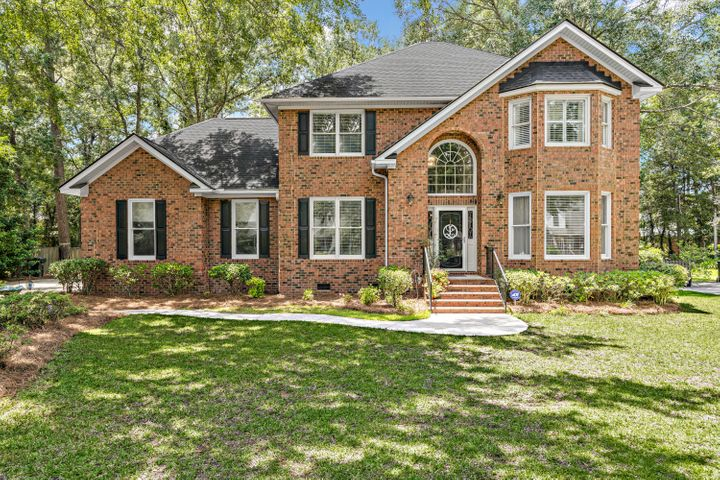 8615 Fairway Woods Drive, North Charleston, SC 29420