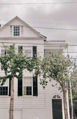 25 John Street, Charleston, SC 29401
