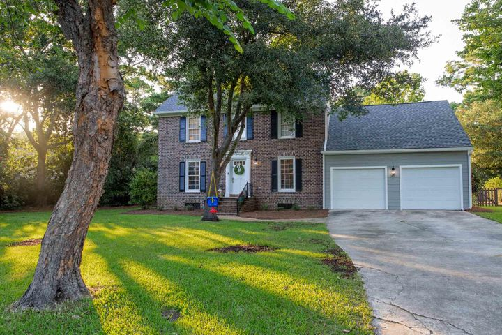 1129 Bristol Terrace, Mount Pleasant, SC 29464