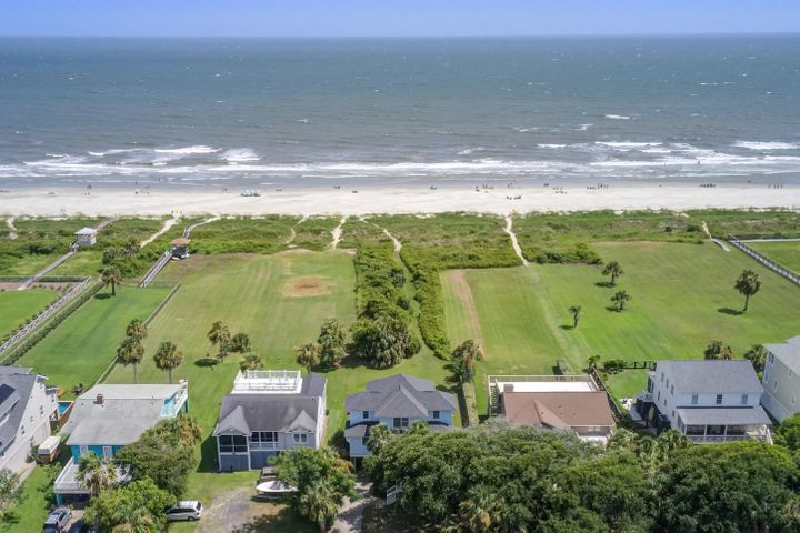 Oceanfront Home on Deep Lot For Sale - 2702 Palm Blvd Isle of Palms, SC
