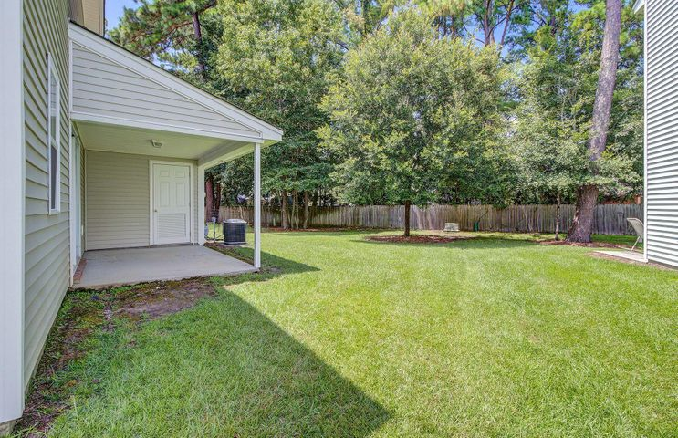 800 Pine Bluff Drive, Summerville, SC 29483