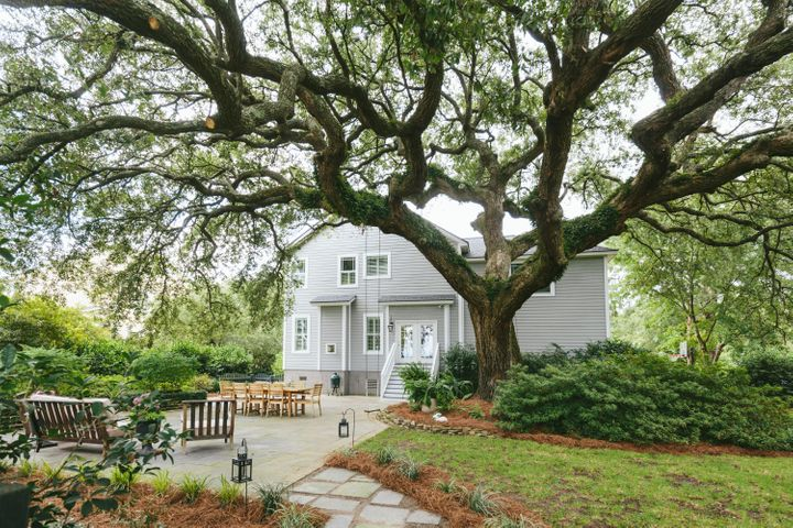 2025 Pierce Street, Charleston, SC 29492