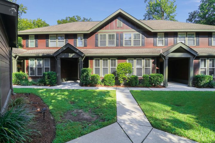 8407 Hidden Bakers Trace Circle, North Charleston, SC 29418
