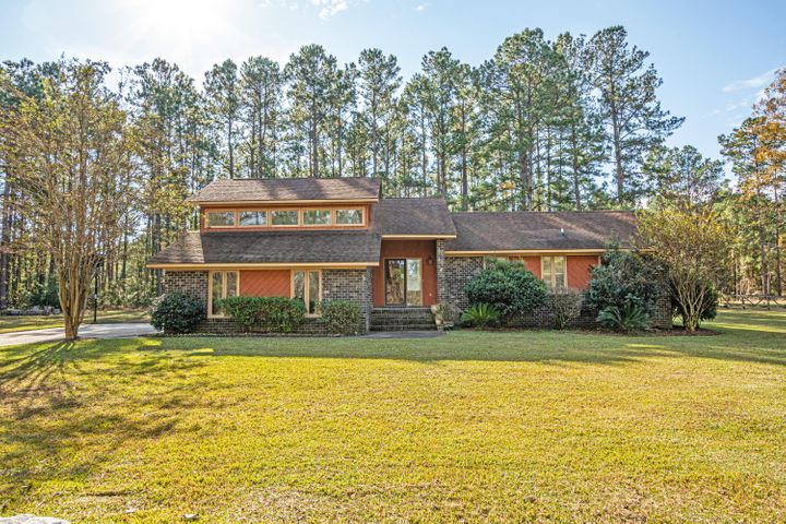 211 Countryside Way, Summerville, SC 29483
