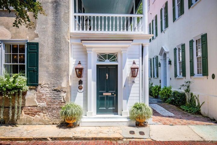 26 Church Street, Charleston, SC 29401
