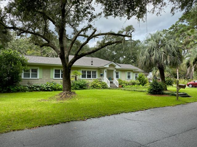 121 Old Point Road, Charleston, SC 29412