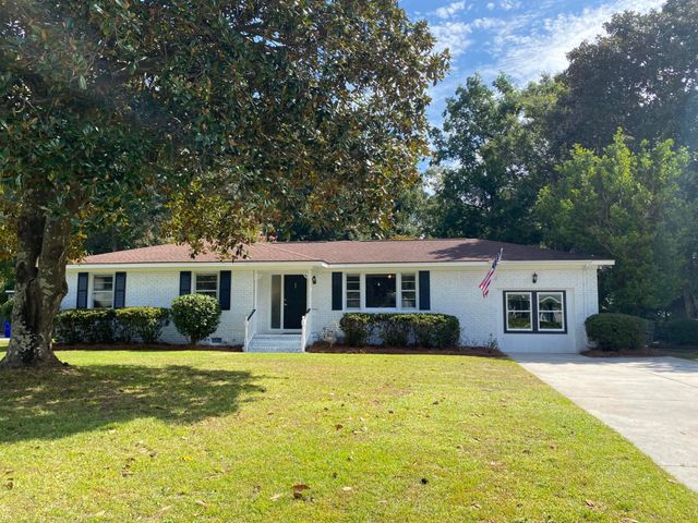 978 Mikell Drive, Charleston, SC 29412