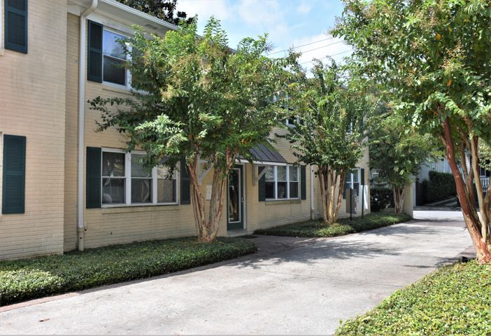 119 Wentworth Street, C, Charleston, SC 29401