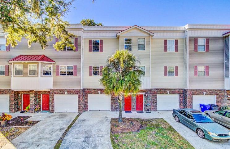 4646 Palm View Circle, North Charleston, SC 29418