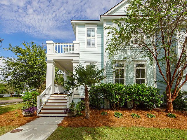 Curb appeal galore!