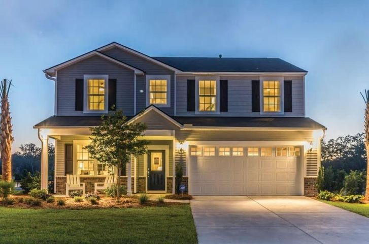 Pictures are of a model home of the same floorplan. Options may differ