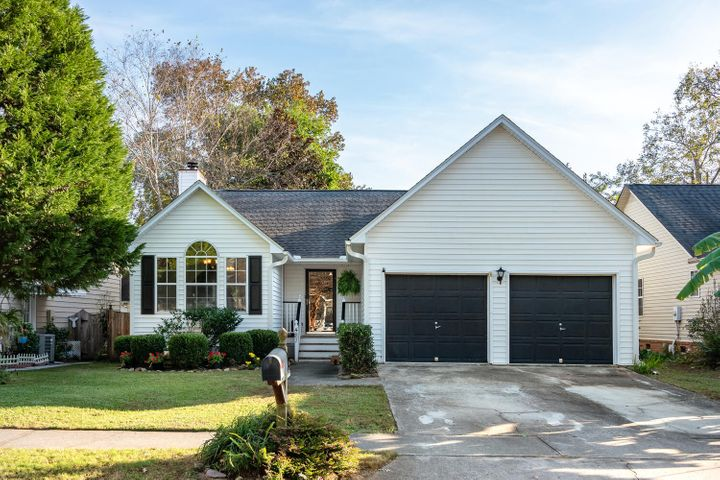 Welcome home! No HOA, no flood insurance. Roof & HVAC less than 5 years old. Located inside I-526 in West Ashley!