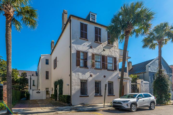 One of the finest pied-a-terres in all of Charleston!