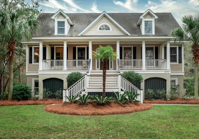 3579 Passfield Lane, Mount Pleasant, SC 29466