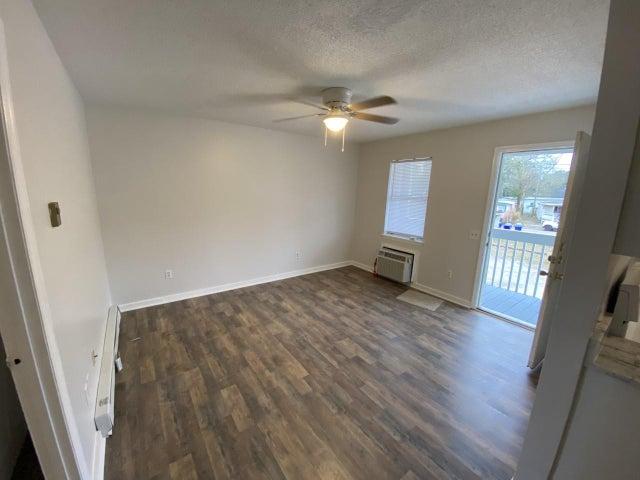 1231 Remount Road, 207, North Charleston, SC 29406