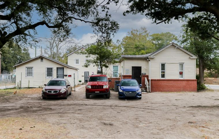 3336 Kraft Avenue, A/B, North Charleston, SC 29405