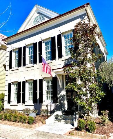 138 Ionsborough Street, Mount Pleasant, SC 29464